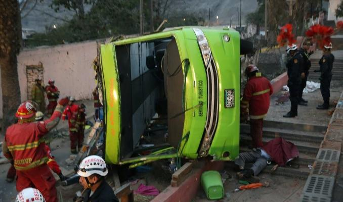Accidente de Micro en Perú