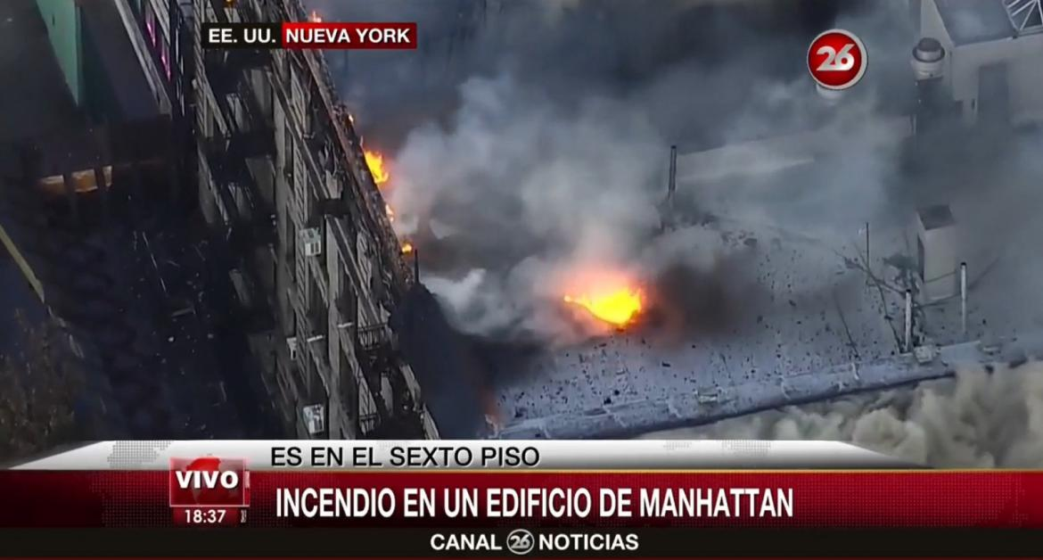 Voraz incendio consume edificio al norte de Nueva York