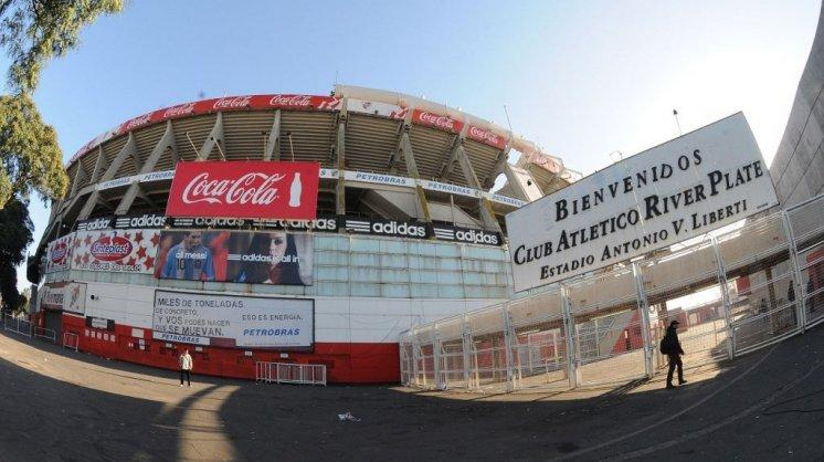 River - Club - Monumental