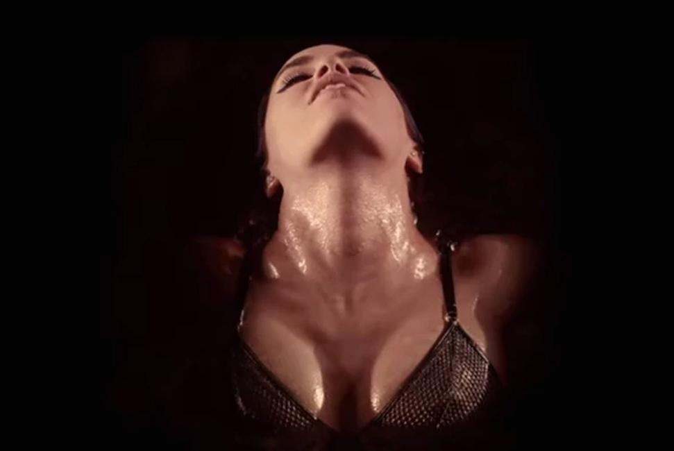 Lali Espósito - Sexy - Video clip
