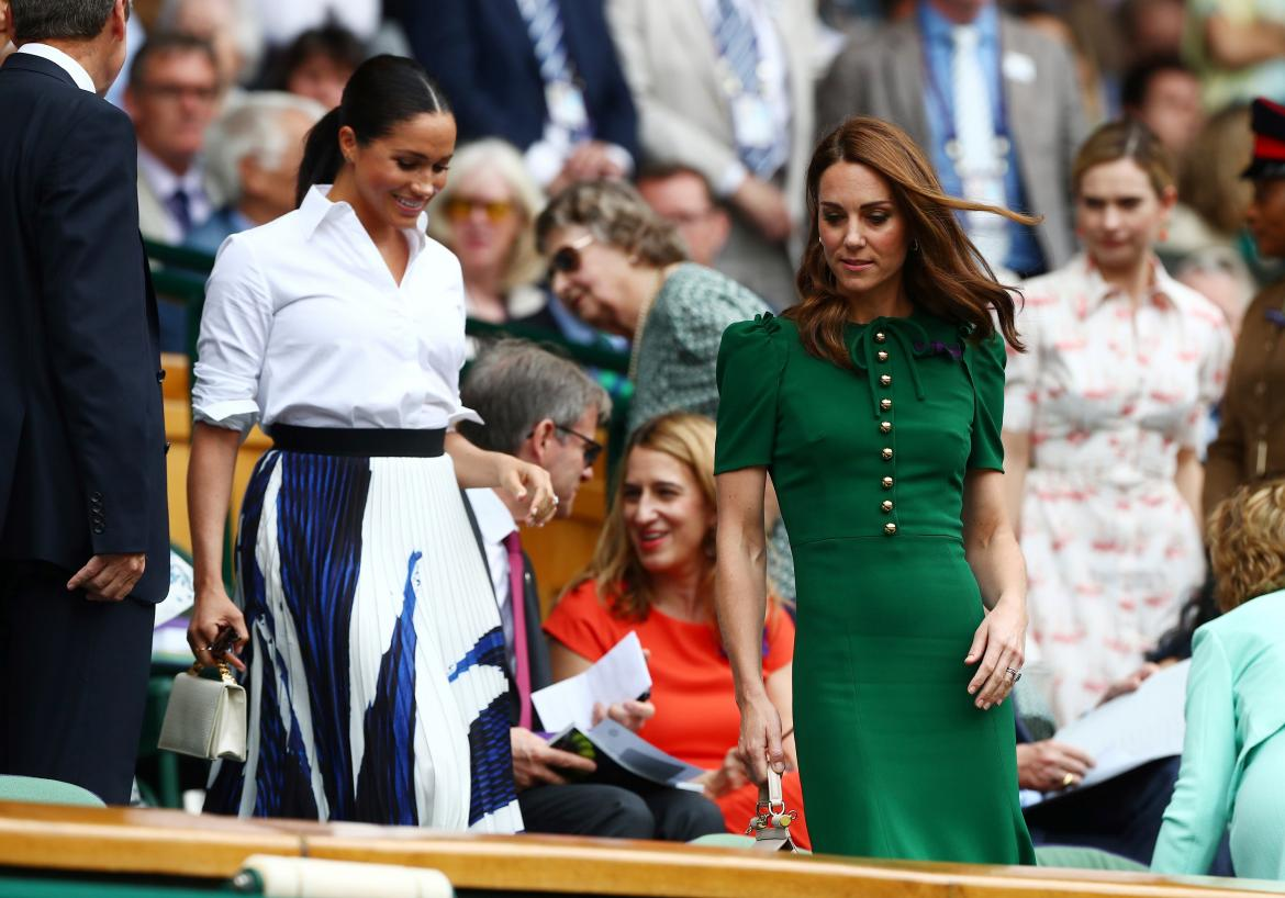 Meghan Markle y Kate Middleton juntas en la final femenina de Wimbledon, Reuters
