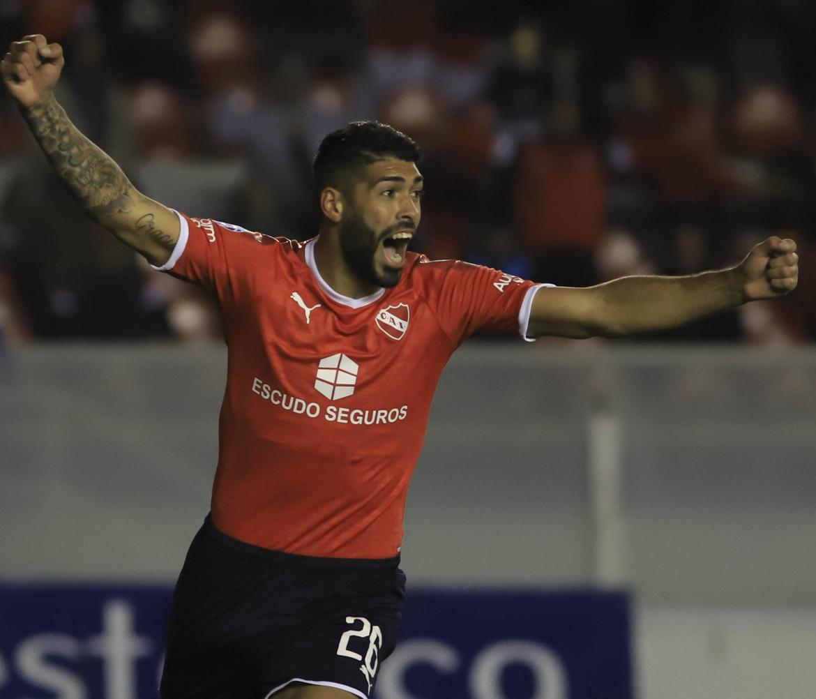Superliga, Festejo de Alexander Barboza para Independiente ante Colon, AGENCIA NA