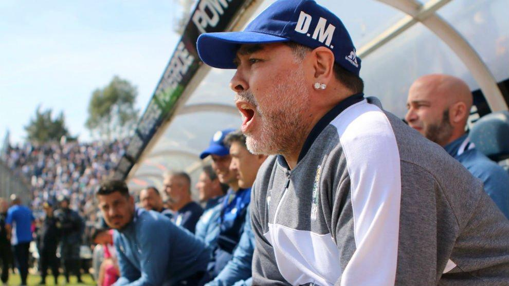 Diego Maradona, Gimnasia vs Racing