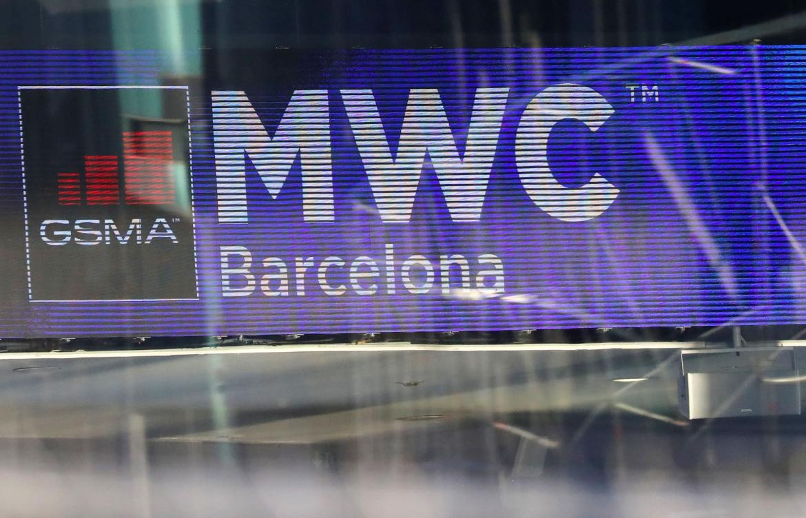 Mobile World Congress 2020, Reuters,