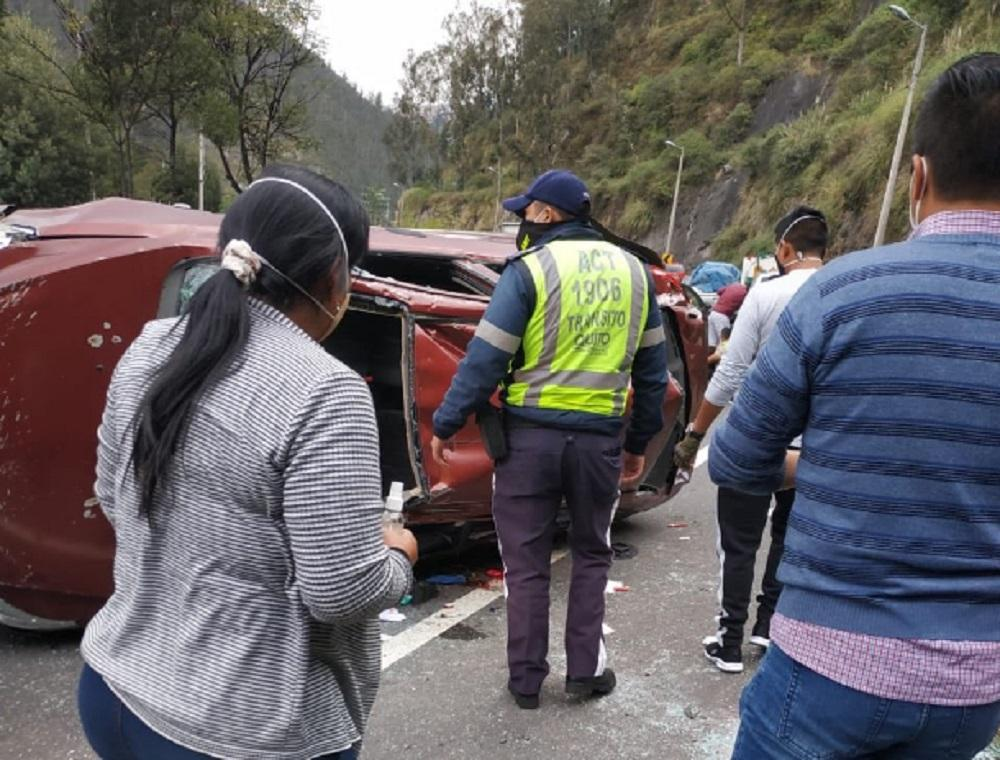 Accidente de autos en Ecuador