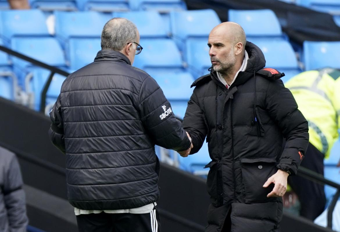 Marcelo Bielsa y Pep Guardiola, REUTERS